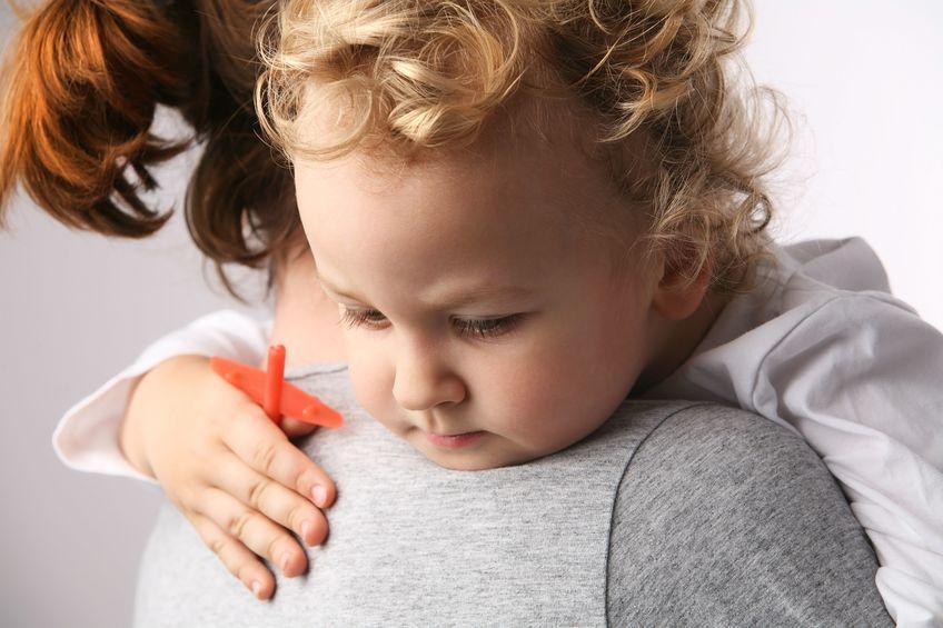 Περισσότερα προβλήματα υγείας για τα παιδιά των 45άρηδων ανδρών